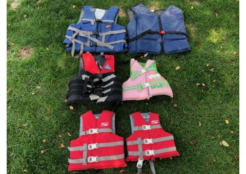 Life Jackets for Adults and Youth size